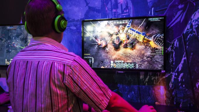 Decide Perfectly About Choosing The Required Devices For Gaming Arrangement